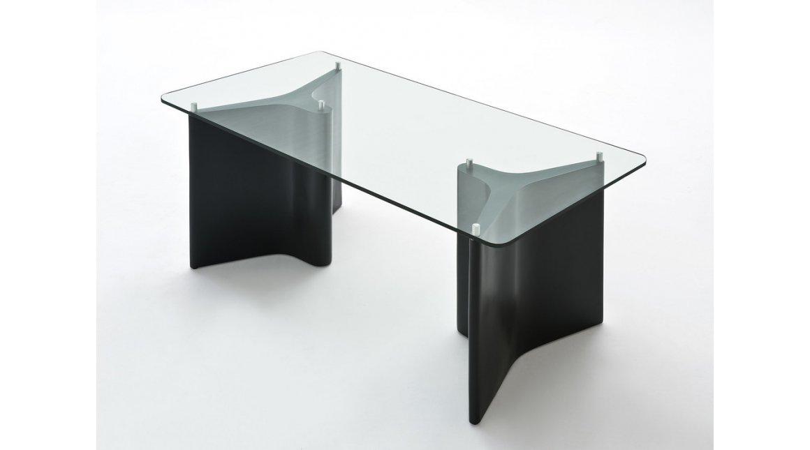 Tee table